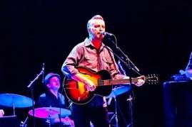 billy bragg live glastonbury festival england 25 06 1995